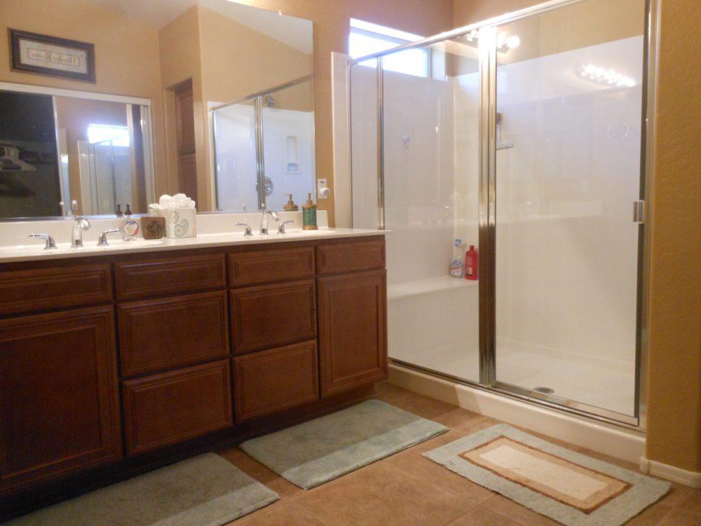 2373 E. Santiago Tr. Master Bathroom