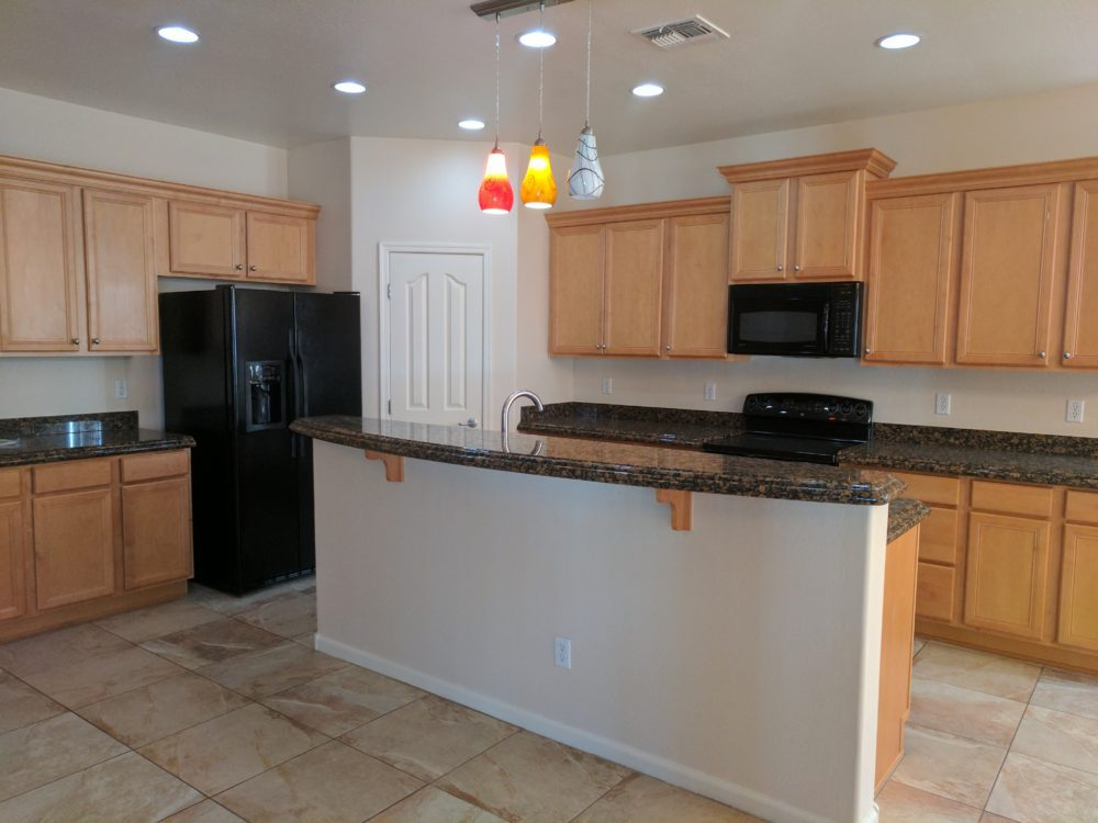 5273 W. Pueblo Dr. Kitchen
